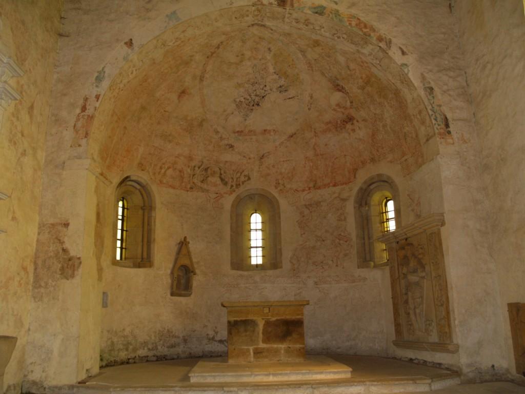 freski zoomorficzne w prezbiterium kościoła św. jana i katarzyny aleksandryjskiej w świerzawie